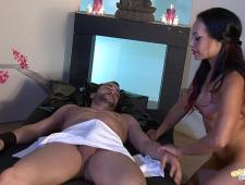 Заказал латинку с секс массажем