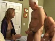 Дед трахнул зятя и его молоденькую жену
