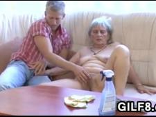 Трахнул престарелую бабу