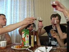 Парень трахнул пьяную телку