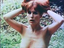 Девушка кончает от секса в лесу