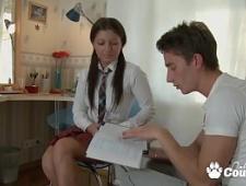 Студенты делают домашнее задание и трахаются