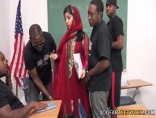 Трахнули училку мусульманку