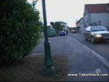 Девку с улице за деньги привел домой трахаться