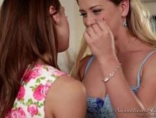 Сестрички лесбиянки трутся писями