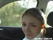 Упрямую полячку таксист развел на перепихон