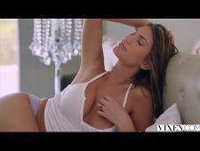 Сексуально трахается с нигером