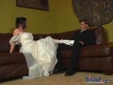 Невесту трахают при женихе