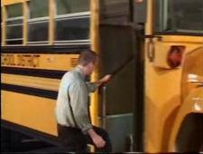 Отсосала водиле прям в автобусе