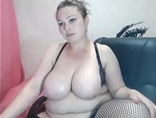 Толстушка голая в видеочате
