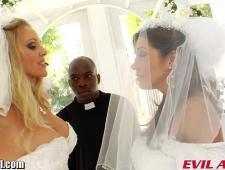 Трахают невест по жесткому