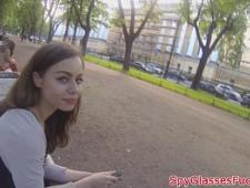 Молодая девушка трахнулась с пикапером