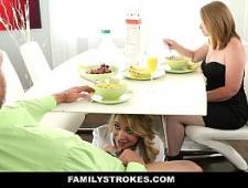 Отец ебет пьяную дочь в разных позах