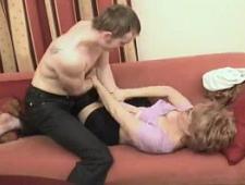 Порно сын выебал маму схватив ее жестко