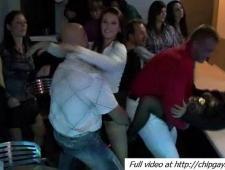Видео развратные девки в клубе